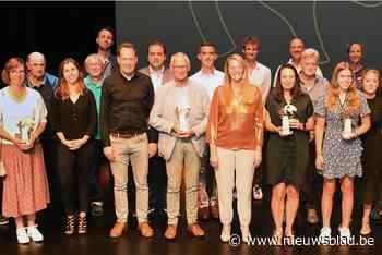 Gemeente reikt sporttrofeeën Gouden Beren uit (Beernem) - Het Nieuwsblad