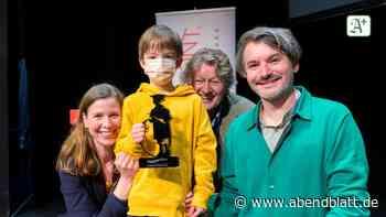 Harbour Front Festival: Saša Stanišić und sein Sohn erhalten Hamburger Tüddelband