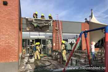 Restaurant even ontruimd door brand