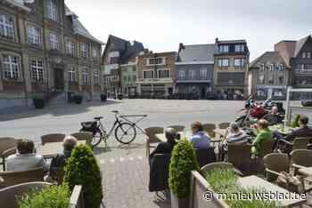 Horeca protesteert met 1.000 handtekeningen tegen verhuis wo... (Torhout) - Het Nieuwsblad