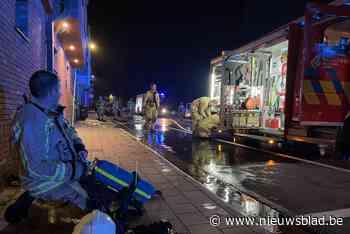 Hotelmedewerkers blussen brand bij buurtbewoner nog voor aan... (Ieper) - Het Nieuwsblad