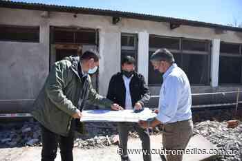 Florencio Varela: Watson supervisó la construcción de un Jardín de Infantes en el barrio Las Alicias - Cuatro Medios