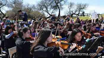 La Orquesta Escuela de Florencio Varela, una de las más grandes de la Provincia - varelainforma.com.ar