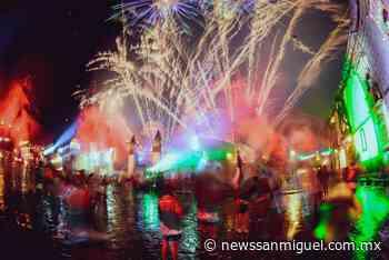 Entre lluvia, relámpagos y pirotecnia, San Miguel de Allende celebrar 'El Grito de Independencia' - News San Miguel - News San Miguel