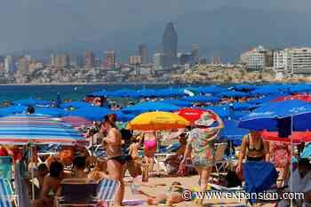 El Banco de España ve una notable reactivación del turismo extranjero en España - Expansión.com
