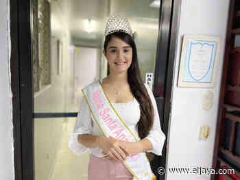 Reina Santa Ana 2021 Crysmarlyn Cruz Paulino - El Jaya