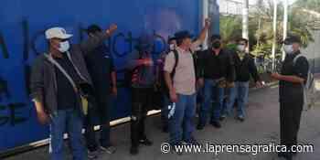 Realizan protestas frente al CAM de San Salvador por despidos en alcaldía - La Prensa Grafica