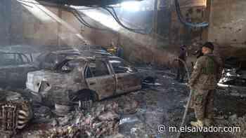 Incendio consume bodega de taxis en San Miguel   Noticias de El Salvador - elsalvador.com