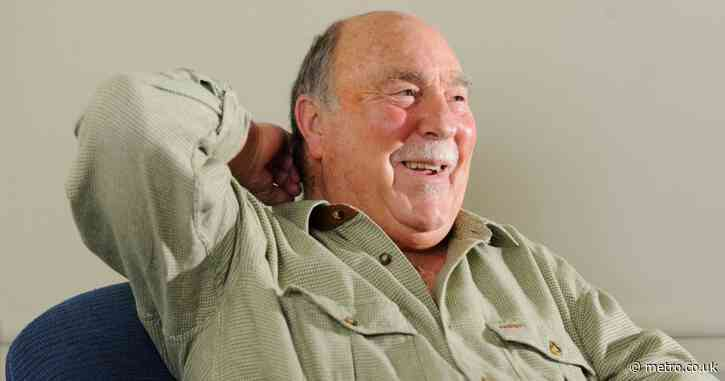 Tottenham, Chelsea and England legend Jimmy Greaves dies aged 81