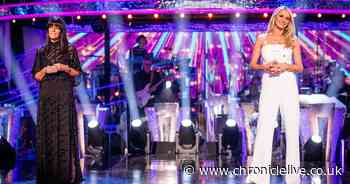 Fans of Strictly Come Dancing complain about Claudia Winkleman and Tess Daly social distancing