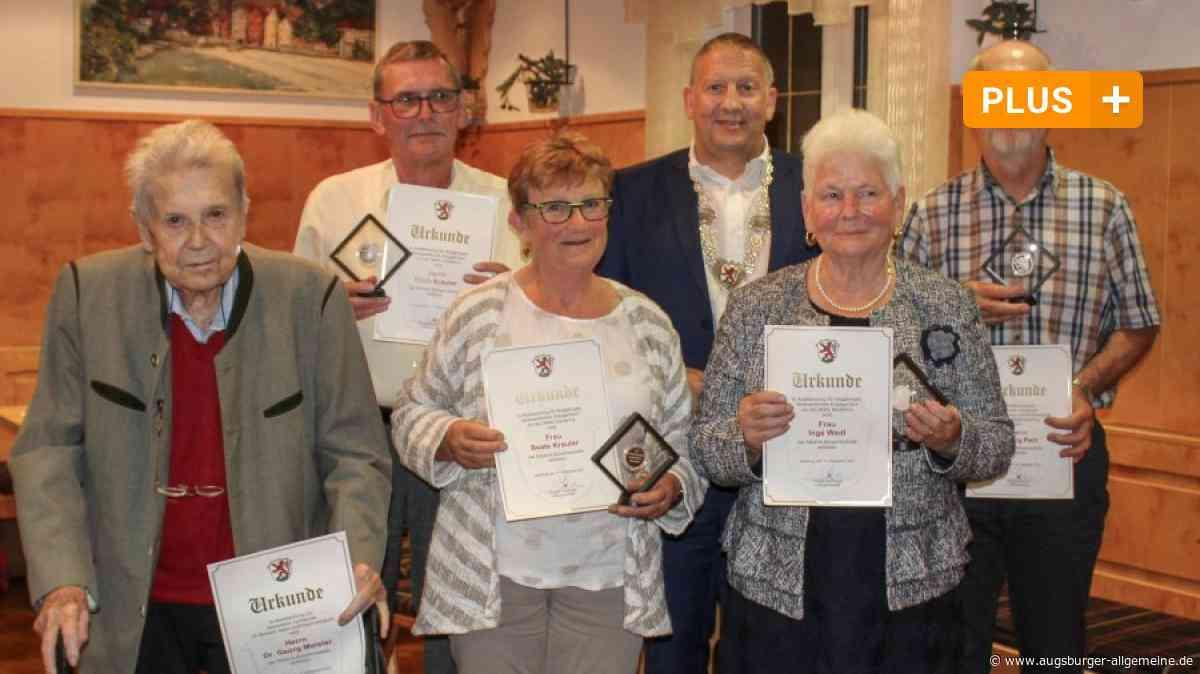 Ausgezeichnet: Kauferinger sind seit Jahrzehnten für die Gemeinde aktiv