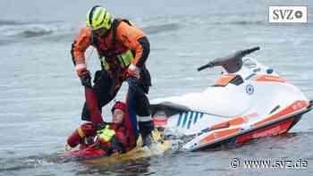 Gefahrenabwehr bei Hochwasser: Katastrophenschützer aus MV trainieren an und in der Elbe   svz.de - svz – Schweriner Volkszeitung
