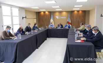"""Tras la reunión en La Rioja, Capitanich dijo que los índices económicos """"se están recuperando muy bien"""" - Diario El Dia"""