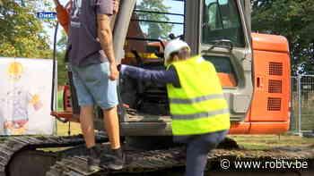 In Diest starten de bouwwerken aan het nieuwe ziekenhuis, minister Beke mocht de eerste schep grond uitgraven - ROB-tv