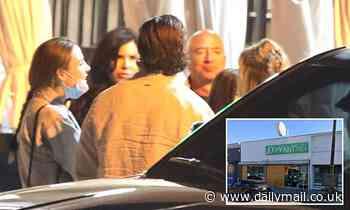 Jeff Bezos and Lauren Sánchez have a romantic dinner date at Jon & Vinny's