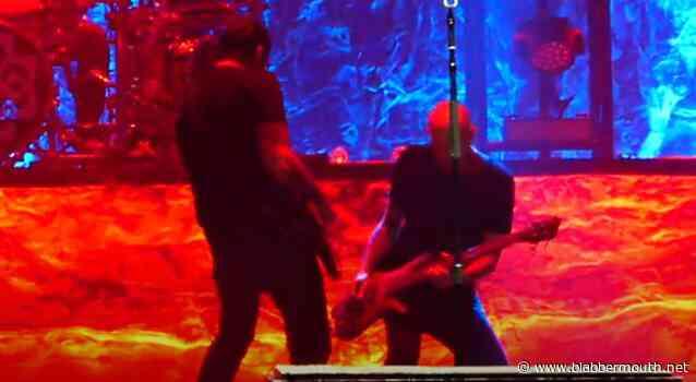 BREAKING BENJAMIN Rejoined By Bassist MARK KLEPASKI At Scranton Concert (Video)