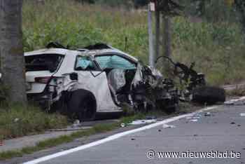 """Twintiger vecht voor zijn leven na zwaar ongeval met wagen: """"Zijn toestand is zeer kritiek"""""""
