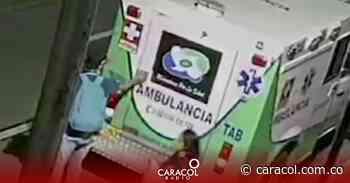 Policía recupera elementos hurtados de una ambulancia en Armenia - Caracol Radio