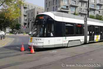 Fietser gewond na botsing met tram aan Rabot