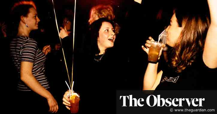 Prove your Covid status if you want to party, UK students told