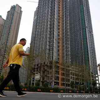 Aandelen en bitcoin in het rood door vrees voor faillissement Chinese vastgoedreus: wat is er aan de hand?