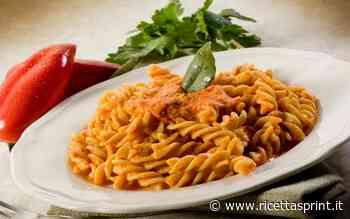 Pasta con crema di peperoni e yogurt   La domenica a cena - RicettaSprint