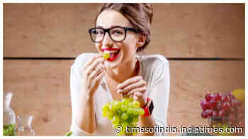 Study suggests consumption of fruits, vegetables along with doing exercise makes you happier