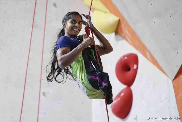 """Pavitra werd geboren zonder benen, maar is nu wereldkampioen klimmen: """"Een overwinning op de harde maatschappij"""""""