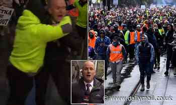 Covid Australia Seven News reporter SPAT on and doused with urine at Melbourne anti-vax tradie rally