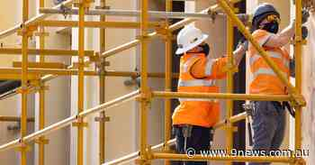 Victoria's construction industry 'amplifying and spreading the virus' before shutdown - 9News