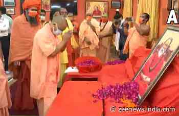 Mahant Narendra Giri`s death: CM Yogi Adityanath pays last respects, says `culprit will not be spared`