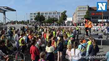 400 KADE-leerlingen luiden mobiliteitsweek in met fietsbellenconcert 400 KADE-leerlingen luiden mobiliteitsweek in met fietsbellenconcert