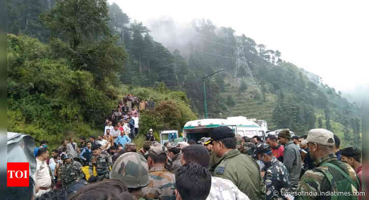 Army chopper crash lands due to bad weather in Udhampur, two injured