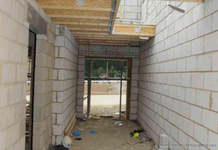 Three brickies fall through stairwell on St Modwen Homes site