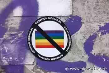 Na Antwerpen, ook in Gent anti-LGBTQ+-stickers opgedoken: politie voert onderzoek