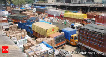 Gadkari pitches for fixed driving hours for commercial trucks