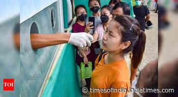 Coronavirus pandemic live update: Daily cases drop in Kerala, Mizoram sees big spurt - Times of India