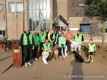 Vrijwilligers ruimen zwerfvuil in Binderveld op (Nieuwerkerken) - Het Nieuwsblad