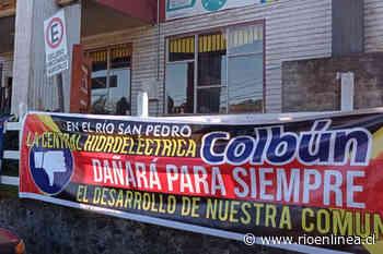 Protestan contra Colbún en presentación de proyecto ante municipio de Panguipulli - RioenLinea