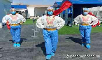 Moquegua: enfermeras se convierten en la Mujer Maravilla para vacunar a mayores de 18 años - Panamericana Televisión