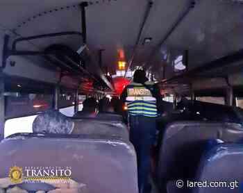 Agentes de Tránsito verifican medidas de bioseguridad en el transporte público - La Red - lared.com.gt