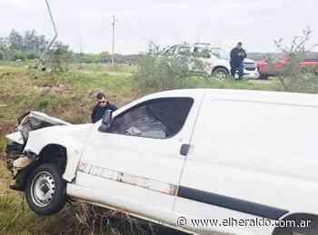 Fuerte accidente de tránsito en Ruta 4 :: EL HERALDO - Edición digital - elheraldo.com.ar
