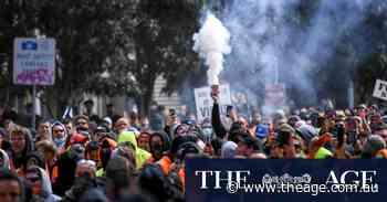 Victorian Premier condemns 'pretend protesters' in Melbourne