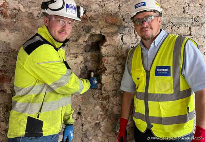 Henry Boot site team finds letter from 1930s plasterers
