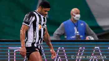 Hulk misses penalty to hand advantage to Palmeiras