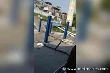 Ventania interdita trânsito e causa destruição no Rio de Janeiro - Metrópoles