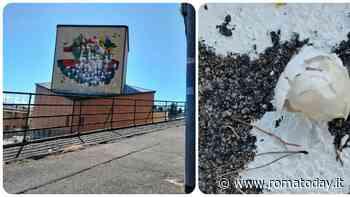 Uova piene di vernice: vandali deturpano il murale della scuola