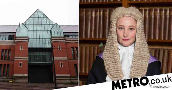 Man who punched girlfriend calls judge 'f***ing slag' as he's jailed for abuse