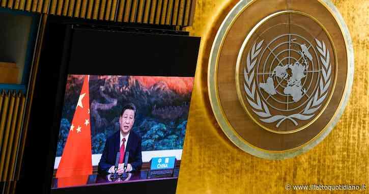 """Cina, Xi Jinping annuncia: """"Non costruiremo più centrali a carbone all'estero"""". Ma Pechino rimane il più grande produttore di gas serra"""