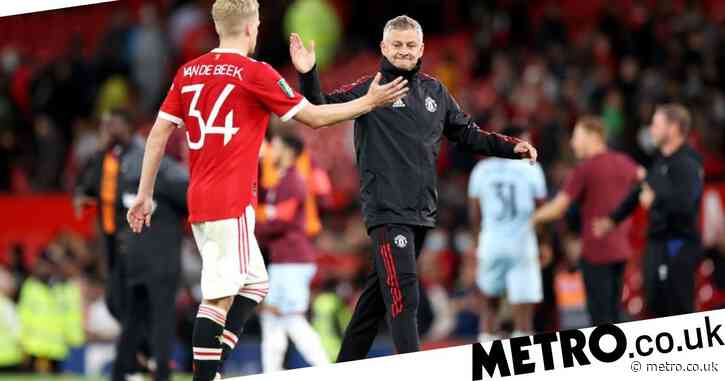 Ex-Man Utd Women boss Casey Stoney criticises Donny van de Beek after mistake in West Ham defeat